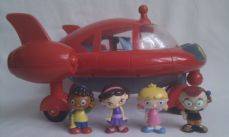 Adorable Rare Big Disney 'Little Einsteins' Pat Pat Rocket lights up, makes sounds complete with figures